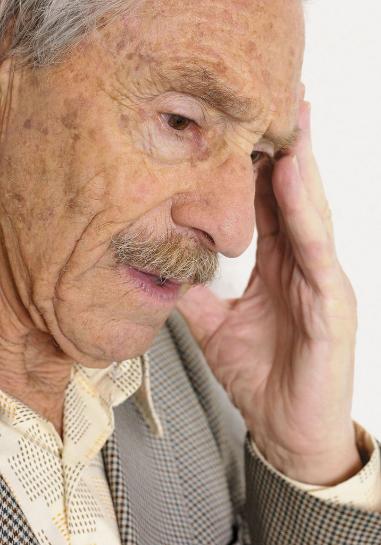 老年白癜风应该怎么护理